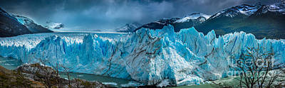 Jagged Photograph - Perito Moreno Panorama by Inge Johnsson