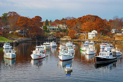 Coast Of Maine Photograph - Perkins Cove by Darren White
