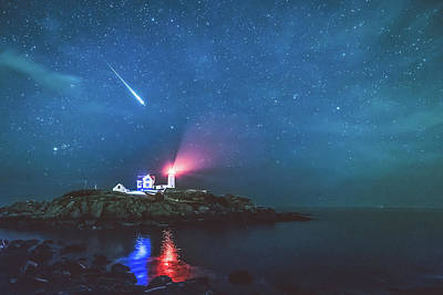 Perseid Meteor At Nubble Light Art Print by Ryan McKee