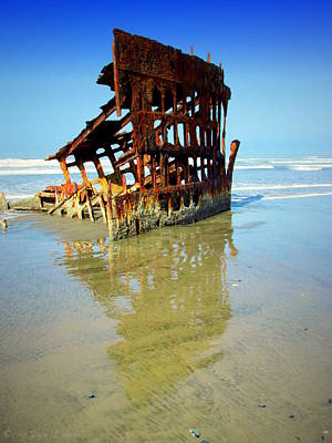 Peter Iredale Photograph - Peter Iredale Shipwreck At Ft Stevens Oregon by Joyce Dickens