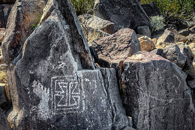 Photograph - Petroglyph 11 by James Barber