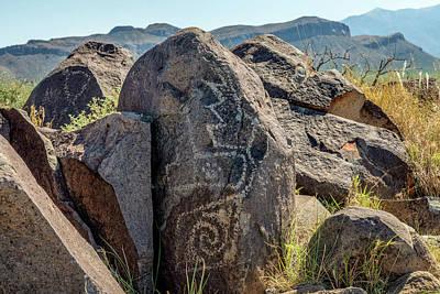 Photograph - Petroglyph 6 by James Barber