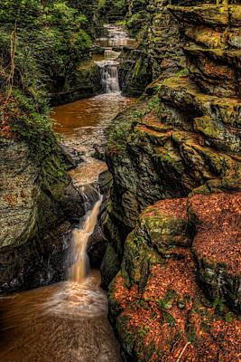 Photograph - Pewits Nest Three Waterfalls by Dale Kauzlaric