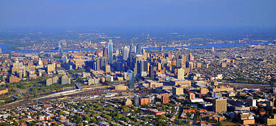 Photograph - Philadelphia Aerial 0518 by Duncan Pearson