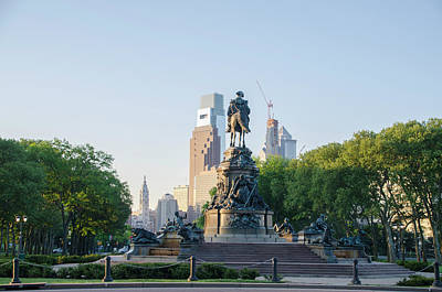 Philadelphia Cityscape From Eakins Oval Art Print by Bill Cannon