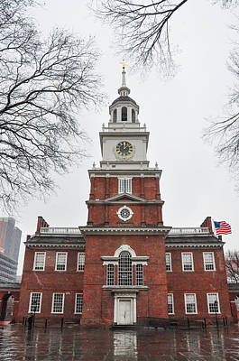 Rainy Day Digital Art - Philadelphia - Independence Hall On A Rainy Day by Bill Cannon