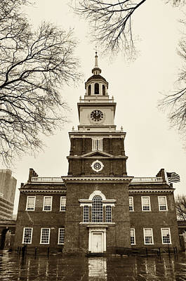 Phillies Digital Art - Philadelphia - Independence Hall On A Rainy Day In Sepia by Bill Cannon
