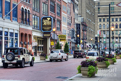 Photograph - Philadelphia Jewelers' Row by David Zanzinger