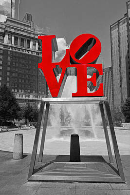 Photograph - Philadelphia Love Sculpture # 2 by Allen Beatty