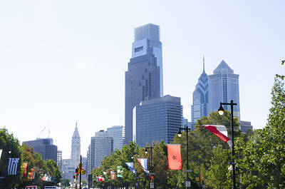 Philadelphia Skyline Photograph - Philadelphia Skyline From The Parkway by Bill Cannon