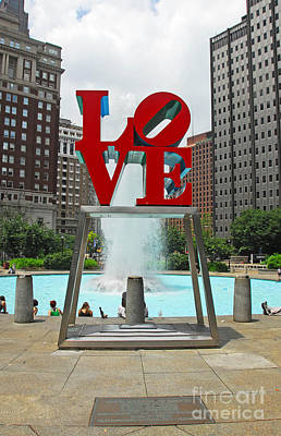 Philadelphia's Love Park Art Print by Cindy Manero