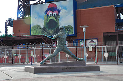 Phillies Steve Carlton Statue Art Print by Bill Cannon