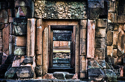 Phimai Photograph - Phimai Khmer Doorway by Ray Laskowitz - Printscapes