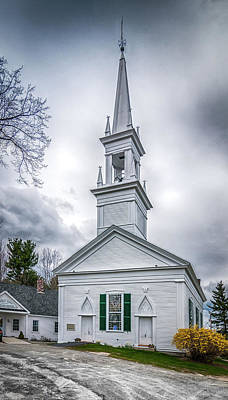Photograph - Phippsburg Congregational Church by Guy Whiteley