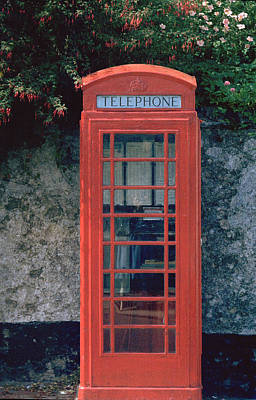 Photograph - Phone Booth by Flavia Westerwelle