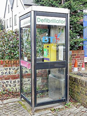 Photograph - Phone Kiosk Defibrillator by Dorothy Berry-Lound