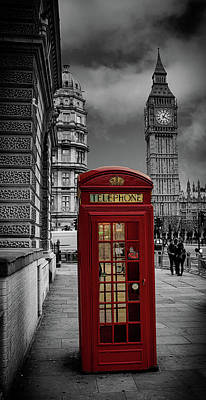 Phonebox Art Print by Martin Newman