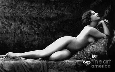 Photograph - Photo Erotique D'une Femme Nue by French School