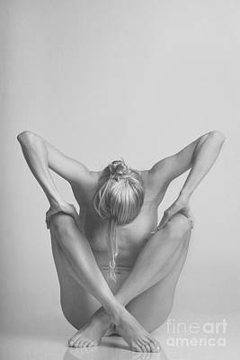 Photograph - Photograph Nude Woman In Black And White #4419m by William Langeveld