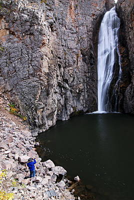 Photograph - Photographing Porcupine Falls by Larry Ricker