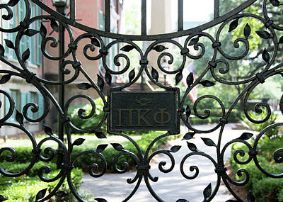 Photograph - Pi Kappa Phi Gate by Ed Waldrop