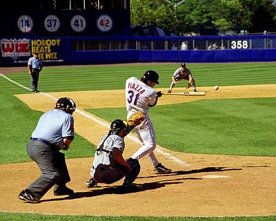 Shea Stadium Photograph - Piazza '98 by Steven Sachs