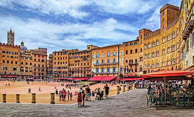Photograph - Piazza Del Campo In Siena by Carolyn Derstine