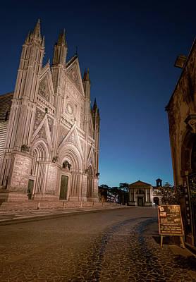Photograph - Piazza Del Duomo Orvieto Italy IIi by Joan Carroll