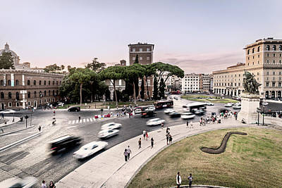 Piazza Venezia, Rome Art Print by Ute Herzog