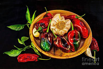 Photograph - Pick A Pepper by Gary Holmes