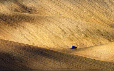 Rolling Photograph - Pickup by Piotr Krol (bax)