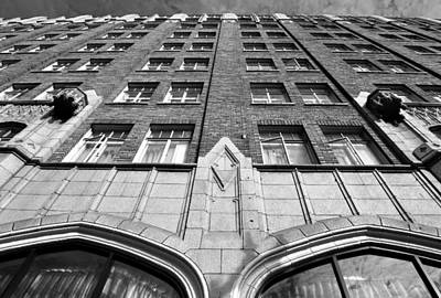 Photograph - Pickwick Hotel - San Francisco - Looking Up 2 - Black And White by Matt Harang