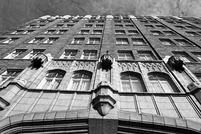Photograph - Pickwick Hotel - San Francisco - Looking Up - Black And White by Matt Harang