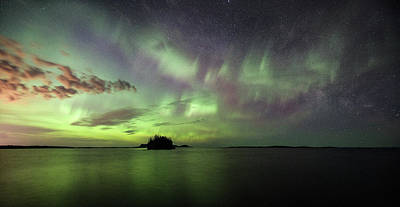 Not Your Everyday Rainbow - Picnic Point Aurora Pano, May 28, 2017 by Jakub Sisak