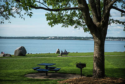 Photograph - Picnic Table At Boulevard Park by Tom Cochran