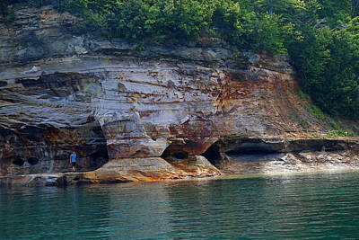 Photograph - Pictured Rocks National Lakeshore 8 by Mary Bedy