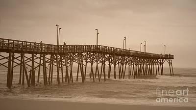 Photograph - Pier - 16x9 Ratio by Bob Sample