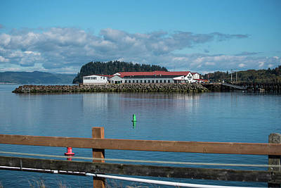 Photograph - Pier 39 On The Columbia by Tom Cochran