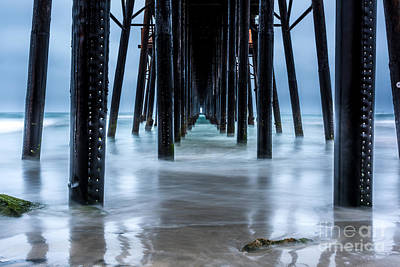 Photograph - Pier Into The Ocean by Leo Bounds