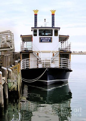 Photograph - Pilgrim Belle At State Pier by Janice Drew