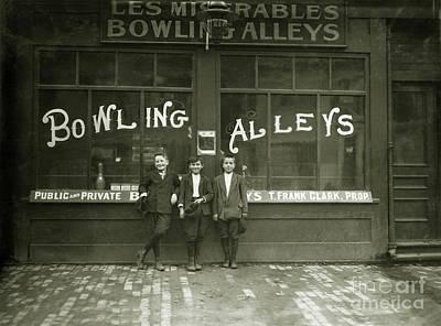 Pin Boys 1915 Art Print