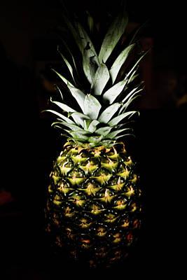 Pineapple In Shine Art Print