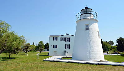 Photograph - Piney Point Lighthouse by Cathy Shiflett