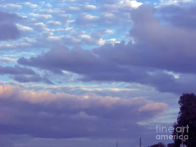 Photograph - Pink And Purple Sky by D Hackett