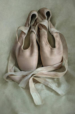 Photograph - Pink Ballet Shoes by Jaroslaw Blaminsky