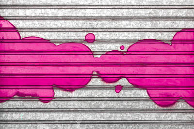 Vandalize Painting - Pink Bubbles by Germano Poli