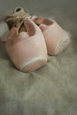Photograph - Pink Dance Shoes by Jaroslaw Blaminsky