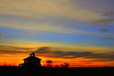 Photograph - Pink House At Sunrise by Suzanne DeGeorge