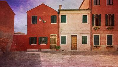 Photograph - Pink Houses by Anne Kotan
