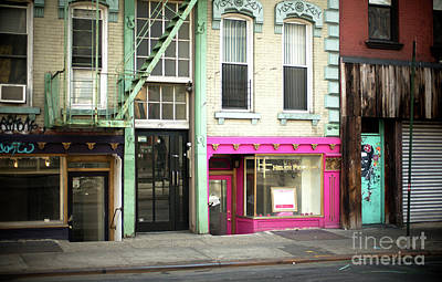 Photograph - Pink In The City by John Rizzuto